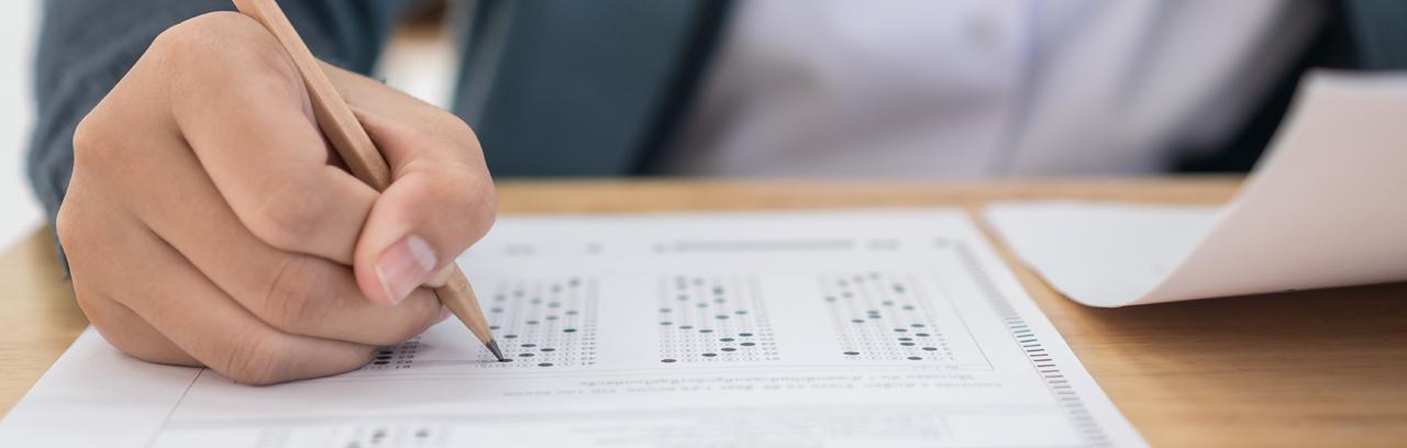 Evaluacion Interna en la Escuela y Uso de los Resultados de las Evaluaciones Externas